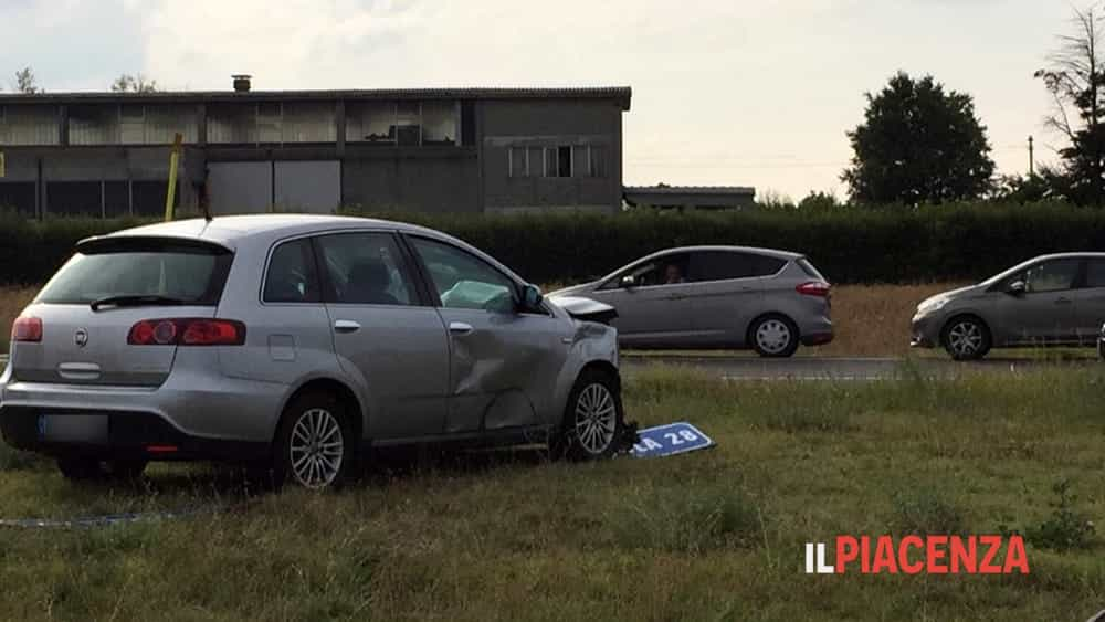 incidente rotonda san bonico 10-2