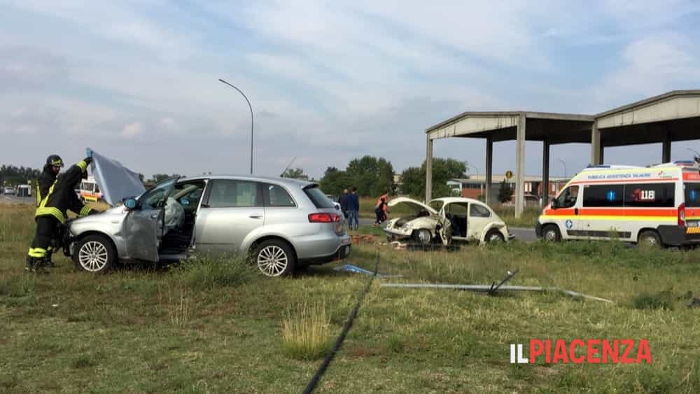 incidente rotonda san bonico 03-2