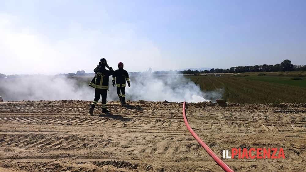 incendio campo vigili del fuoco 2019-5