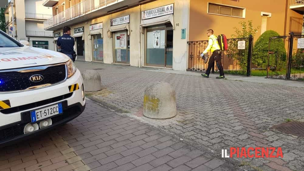 uomo caduto balcone via veneto 05-2