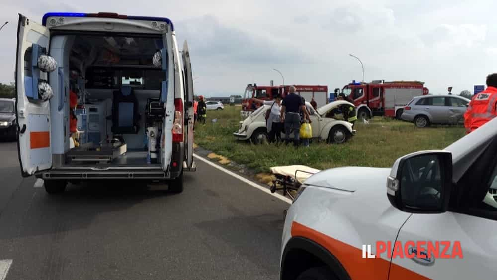 incidente rotonda san bonico 11-2