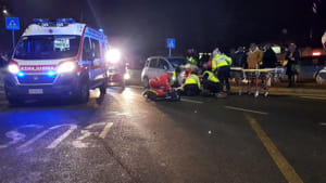incidente strada 118 sanitari ambulanza croce rossa notte ok 2019-3