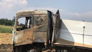 carcassa camion fiamme incendio rottofreno 2019-6