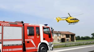 incidente auto ribaltata monticelli 05-2