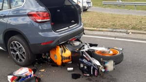 incidente auto moto 2020-4