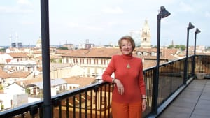Emilia Sarogni-2