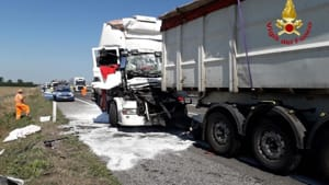 incidente mortale tamponamento a21 02-2