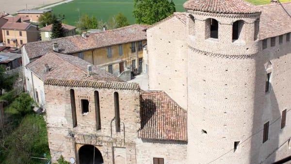 Castello di Calendasco, cinque serate di spettacoli