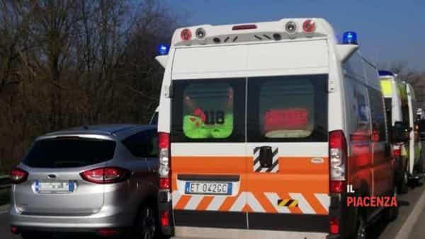 Ambulanza giorno-2