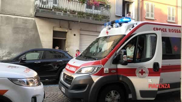 118 auto medica infermieristica via mazzini ok 2019 croce rossa-2
