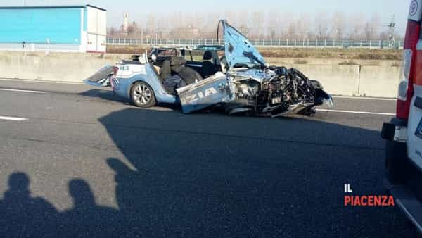 incidente polizia 02-2