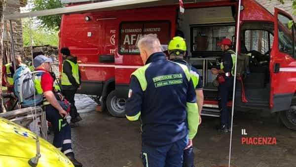 ricerche disperso protezione civile vigili del fuoco 00-3