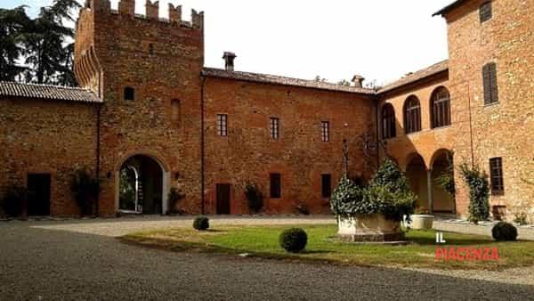 Apertura del castello di Castelnovo Val Tidone, visite guidate
