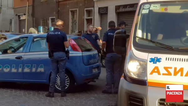 Aggressione in via Pozzo, ferito da una bottigliata