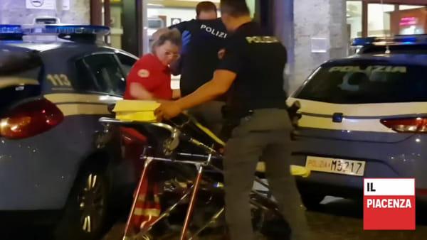 Minaccia i passeggeri e aggredisce la polizia, arrestato in stazione