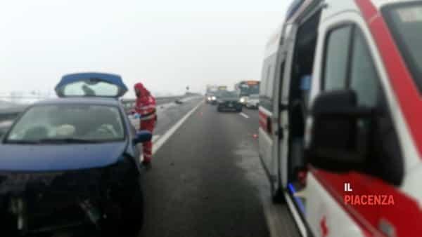 incidente autostrada neve ghiaccio 04-2