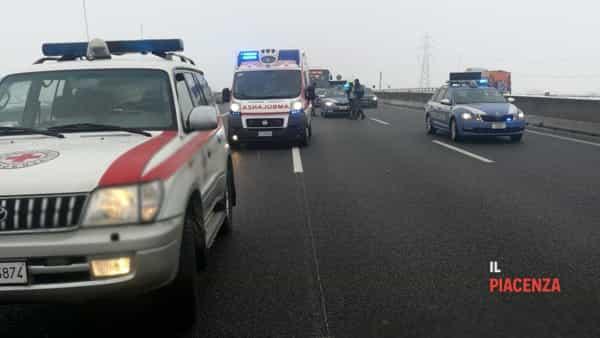 incidente autostrada neve ghiaccio 02-2