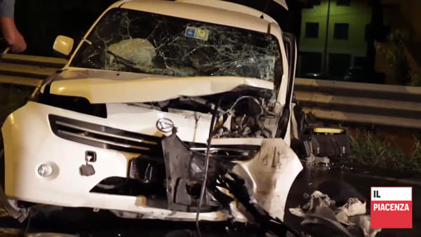Frontale fra due auto a San Rocco