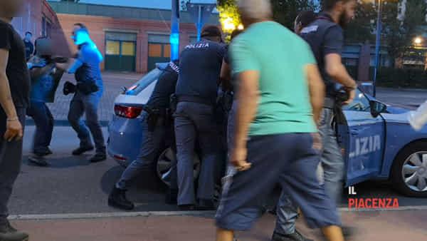 «Senza nuove leggi i poliziotti combattono una guerra abbandonati a loro stessi»