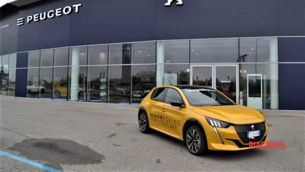 Ponginibbi presenta l'ultima arrivata in casa Peugeot: la nuova 208