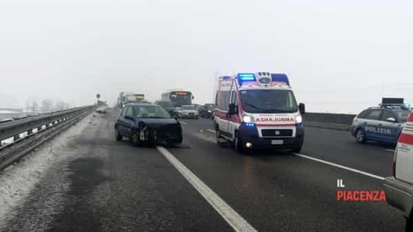 incidente autostrada neve ghiaccio 03-2