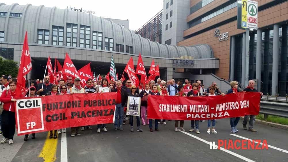 Dipendenti pubblici in sciopero: anche i sindacati ...